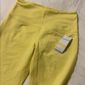 NWT yellow Zella high waist crop